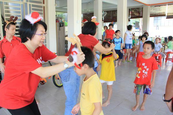 visit-ru-yi-children-home-03F72CBE23-DB91-2676-28BE-6957D64E4AFA.jpg