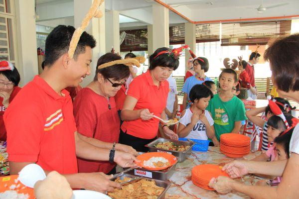 visit-ru-yi-children-home-102F67FF5F-00AC-D7CD-0267-E45E2A885D6D.jpg