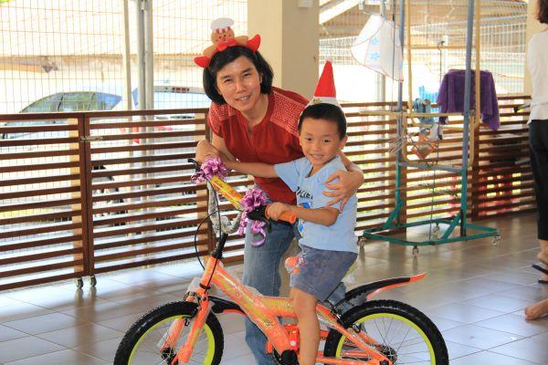 visit-ru-yi-children-home-14CEEC942A-40B3-C51A-47DB-F0084EF3960F.jpg